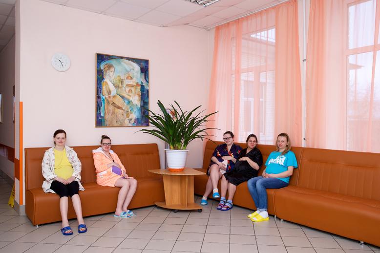 Холл дородового отделения Родильного дома №13